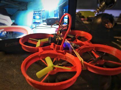 Un nouveau drone imprimé – Whoopee